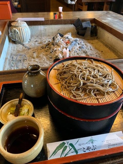 https://www.naganotomato.jp/nagatoma/ririko/assets/images/sobakoyabu4.jpg